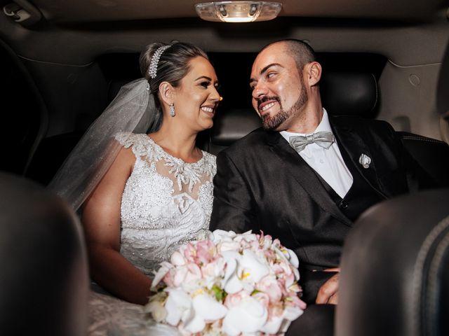 O casamento de Cleiton e Fernanda em Campo do Meio, Minas Gerais 93