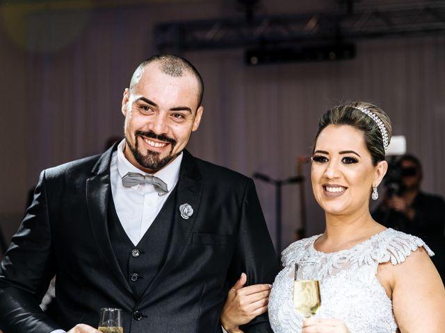 O casamento de Cleiton e Fernanda em Campo do Meio, Minas Gerais 99
