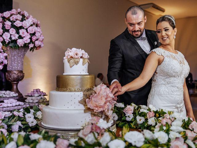 O casamento de Cleiton e Fernanda em Campo do Meio, Minas Gerais 105