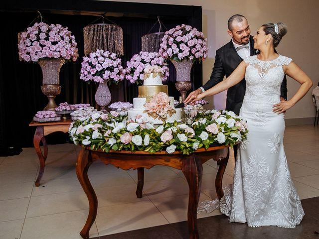 O casamento de Cleiton e Fernanda em Campo do Meio, Minas Gerais 106