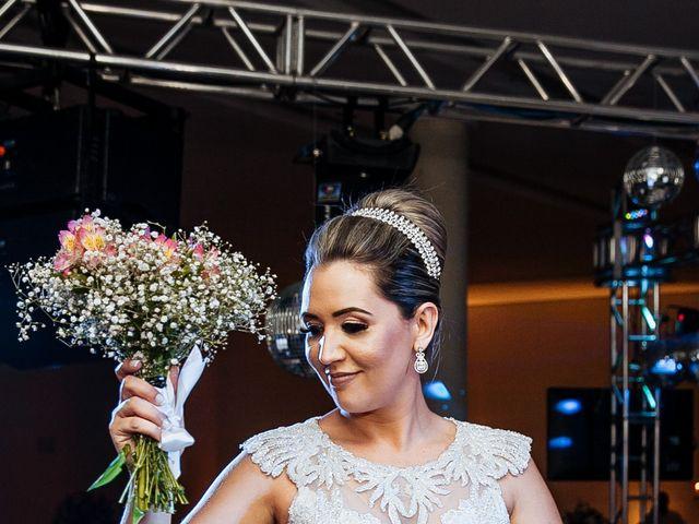O casamento de Cleiton e Fernanda em Campo do Meio, Minas Gerais 121