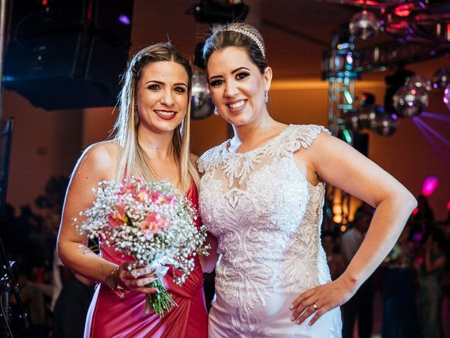 O casamento de Cleiton e Fernanda em Campo do Meio, Minas Gerais 122