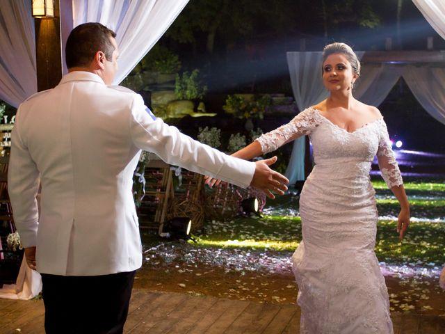 O casamento de Alessandro e Lileine em Várzea Grande, Mato Grosso 17
