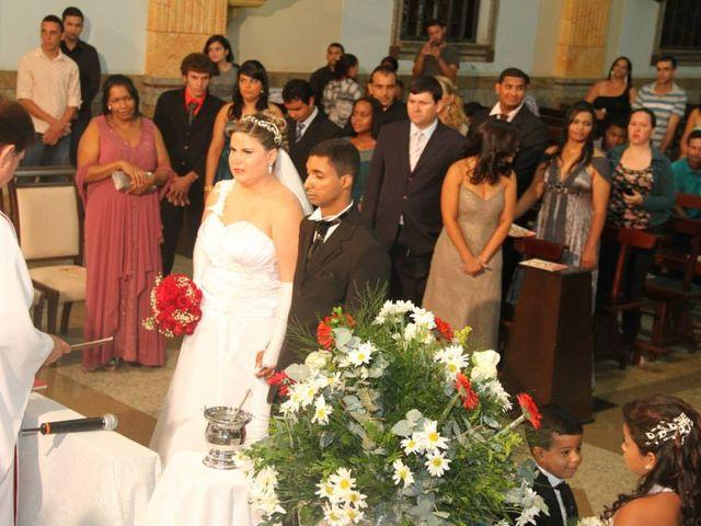 O casamento de Marlene e Edivaldo em Ubá, Minas Gerais 10