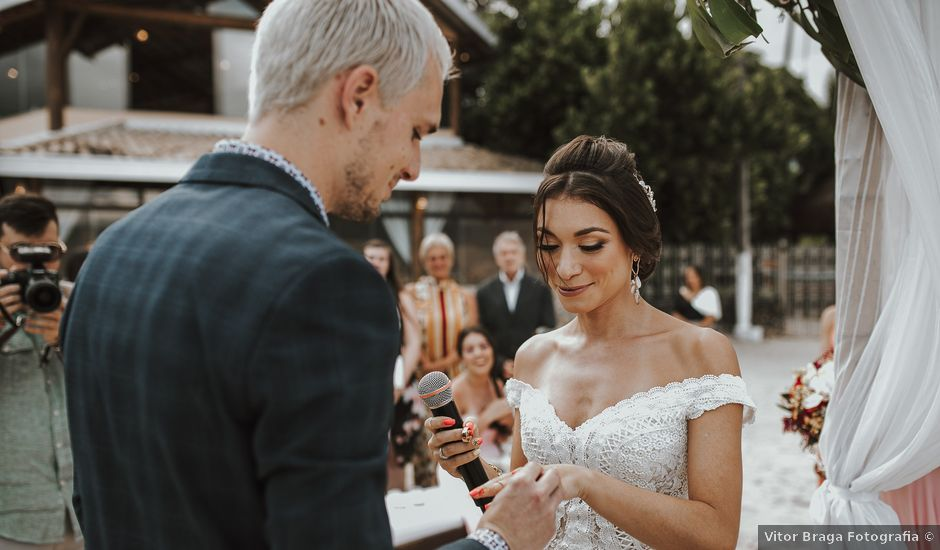 O casamento de Maxime e Nicole em São Sebastião, São Paulo