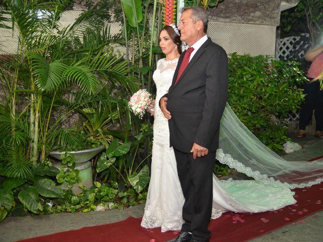 O casamento de André e Evelyn  em São Gonçalo, Rio de Janeiro 2