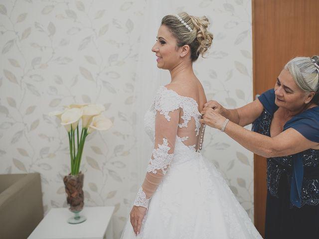 O casamento de Valdir e Viviane em Guarujá, São Paulo 23