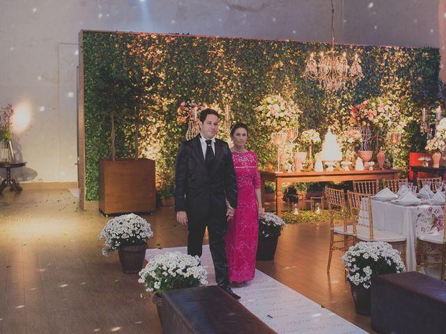 O casamento de Valdir e Viviane em Guarujá, São Paulo 48