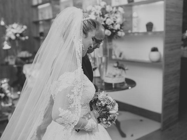 O casamento de Valdir e Viviane em Guarujá, São Paulo 49