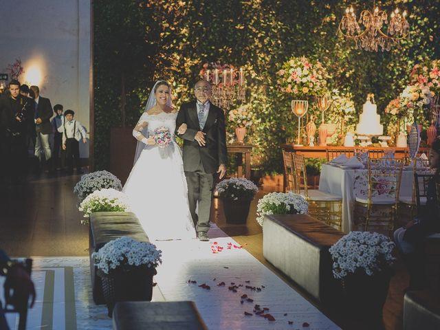 O casamento de Valdir e Viviane em Guarujá, São Paulo 54