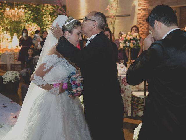 O casamento de Valdir e Viviane em Guarujá, São Paulo 56