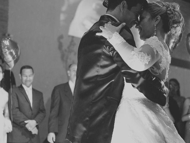 O casamento de Valdir e Viviane em Guarujá, São Paulo 84