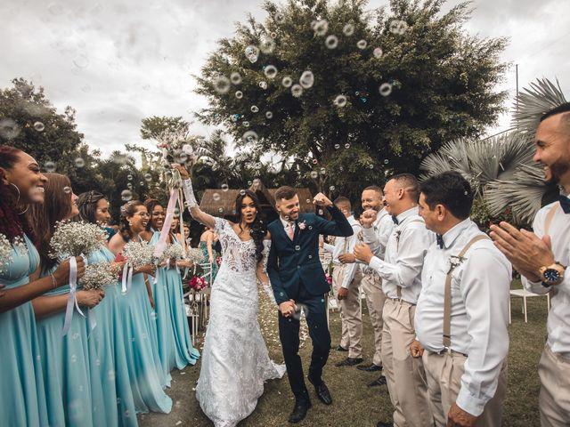 O casamento de Deiner e Victória em Maricá, Rio de Janeiro 57