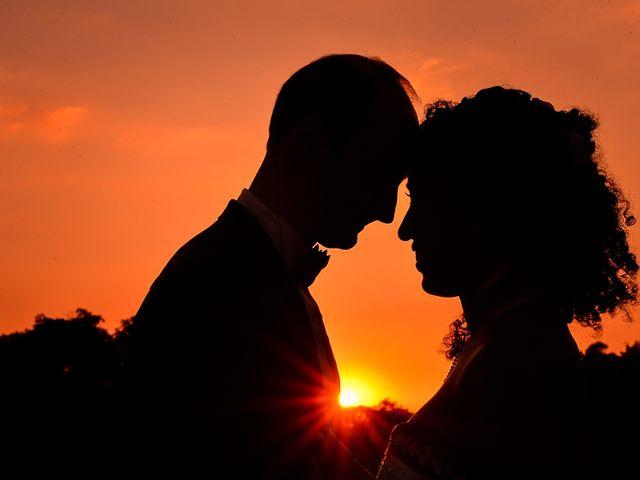 O casamento de Maira e Akbar