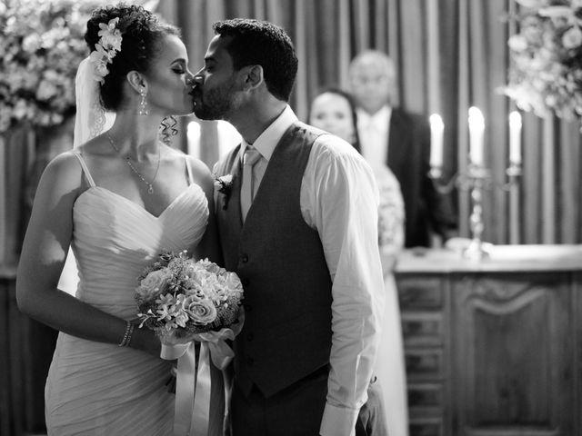 O casamento de Henrique e Karine em Niterói, Rio de Janeiro 13