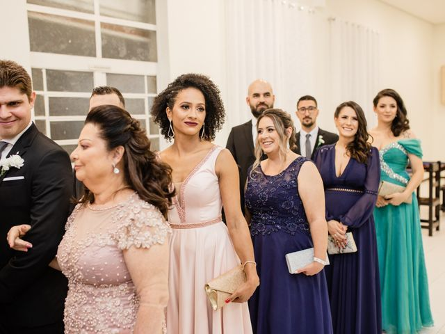 O casamento de Douglas e Karla em Curitiba, Paraná 22