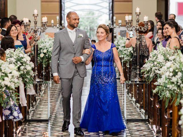 O casamento de Douglas e Karla em Curitiba, Paraná 23