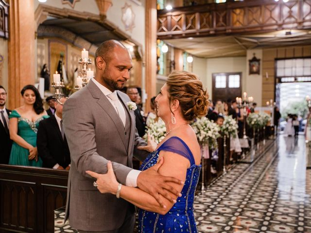 O casamento de Douglas e Karla em Curitiba, Paraná 25