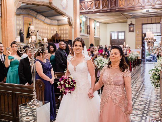 O casamento de Douglas e Karla em Curitiba, Paraná 31