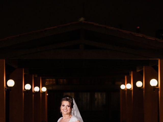 O casamento de Douglas e Karla em Curitiba, Paraná 41