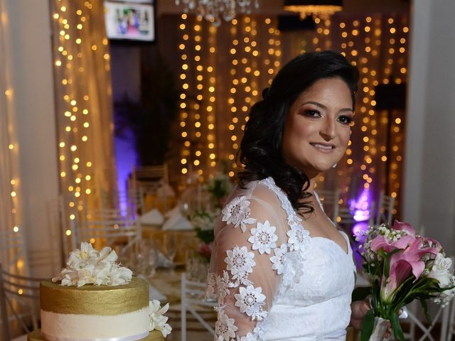 O casamento de Lírio e Sabrina em Porto Alegre, Rio Grande do Sul 23