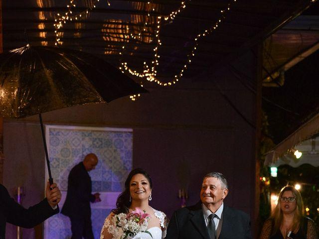 O casamento de Lírio e Sabrina em Porto Alegre, Rio Grande do Sul 31