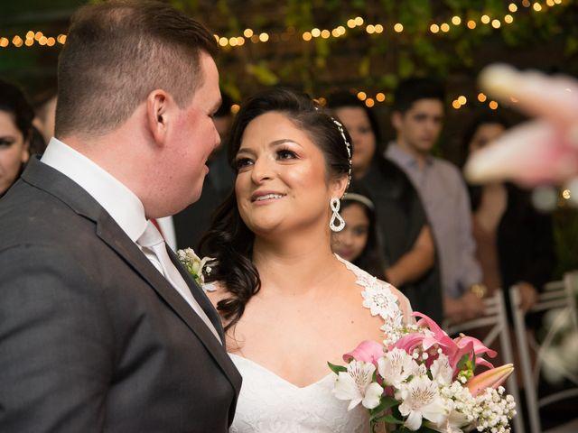 O casamento de Lírio e Sabrina em Porto Alegre, Rio Grande do Sul 36