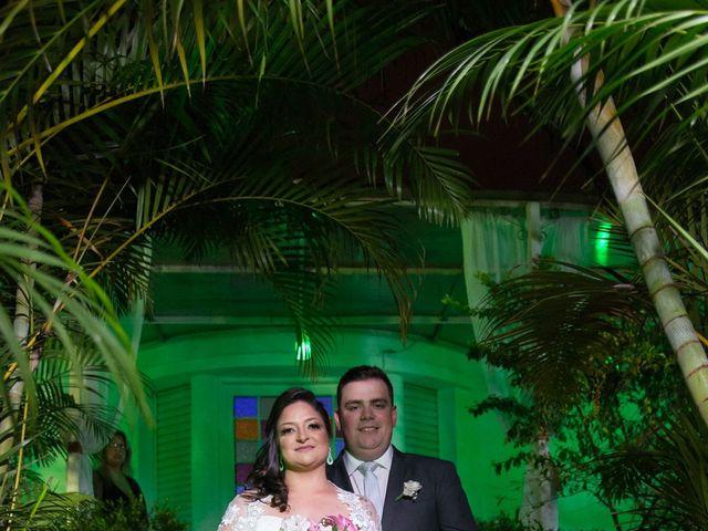 O casamento de Lírio e Sabrina em Porto Alegre, Rio Grande do Sul 56