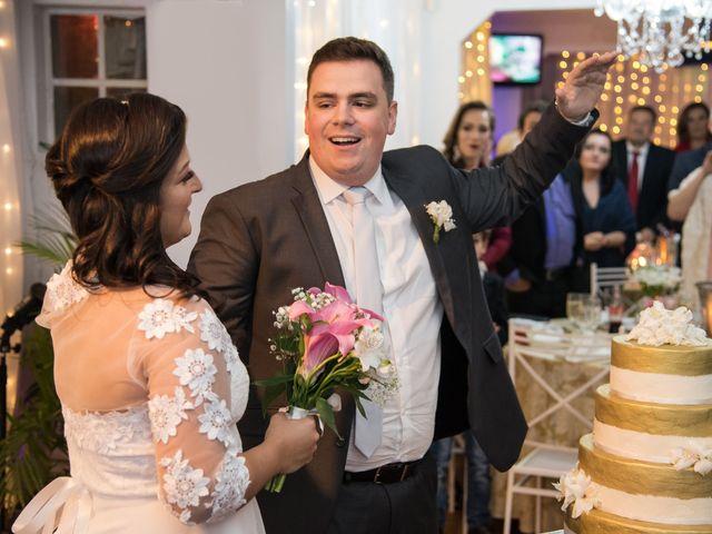 O casamento de Lírio e Sabrina em Porto Alegre, Rio Grande do Sul 59