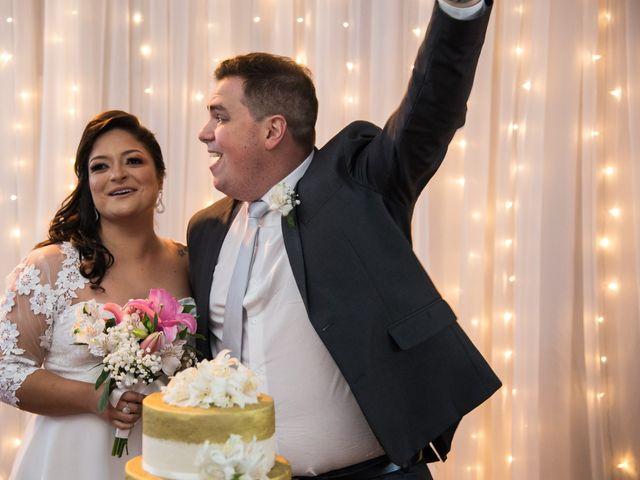 O casamento de Lírio e Sabrina em Porto Alegre, Rio Grande do Sul 61