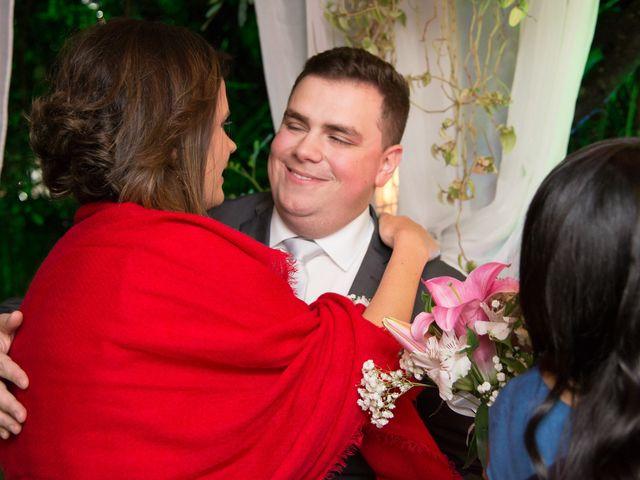 O casamento de Lírio e Sabrina em Porto Alegre, Rio Grande do Sul 62