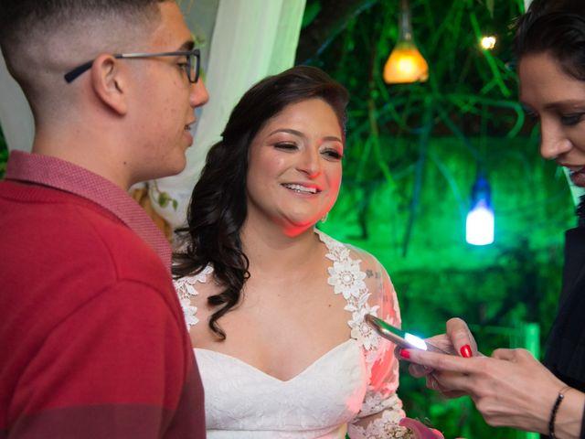O casamento de Lírio e Sabrina em Porto Alegre, Rio Grande do Sul 63