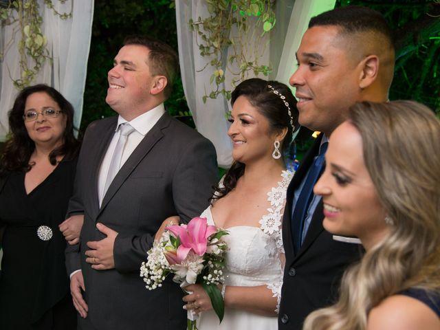 O casamento de Lírio e Sabrina em Porto Alegre, Rio Grande do Sul 66