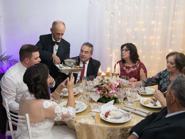 O casamento de Lírio e Sabrina em Porto Alegre, Rio Grande do Sul 68