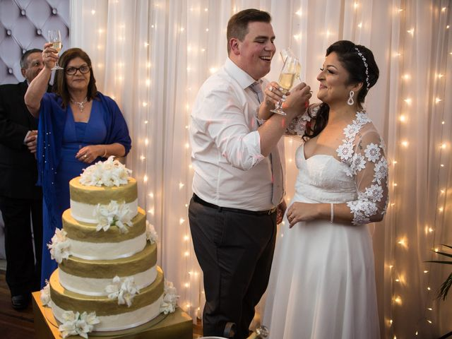 O casamento de Lírio e Sabrina em Porto Alegre, Rio Grande do Sul 73