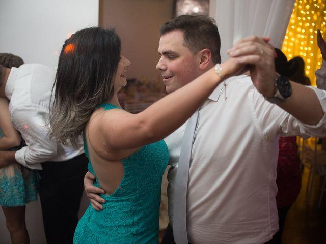 O casamento de Lírio e Sabrina em Porto Alegre, Rio Grande do Sul 89