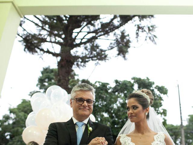 O casamento de Alvaro  e Camila  em Maringá, Paraná 13