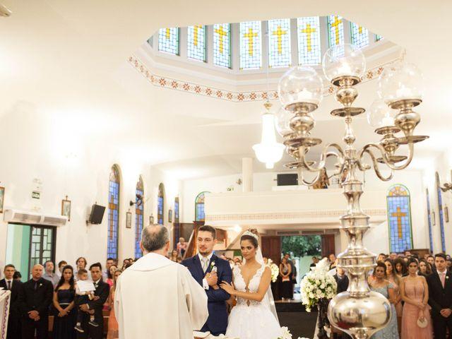 O casamento de Alvaro  e Camila  em Maringá, Paraná 14