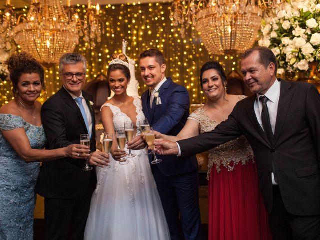 O casamento de Alvaro  e Camila  em Maringá, Paraná 17