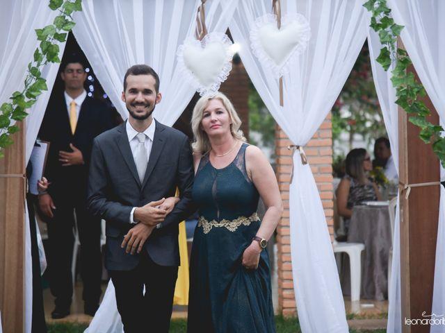 O casamento de Raiqui Douglas  e Glaubia  Talita  em Tangará da Serra, Mato Grosso 17