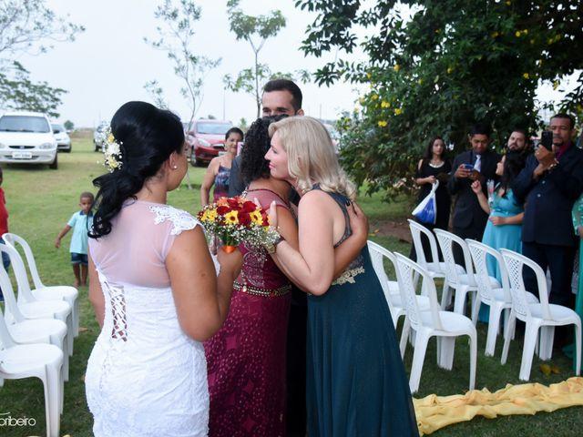 O casamento de Raiqui Douglas  e Glaubia  Talita  em Tangará da Serra, Mato Grosso 29