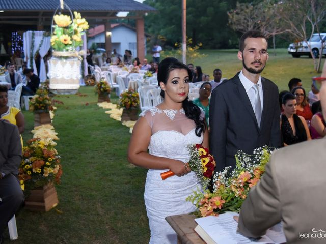 O casamento de Raiqui Douglas  e Glaubia  Talita  em Tangará da Serra, Mato Grosso 37