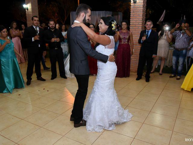 O casamento de Raiqui Douglas  e Glaubia  Talita  em Tangará da Serra, Mato Grosso 61