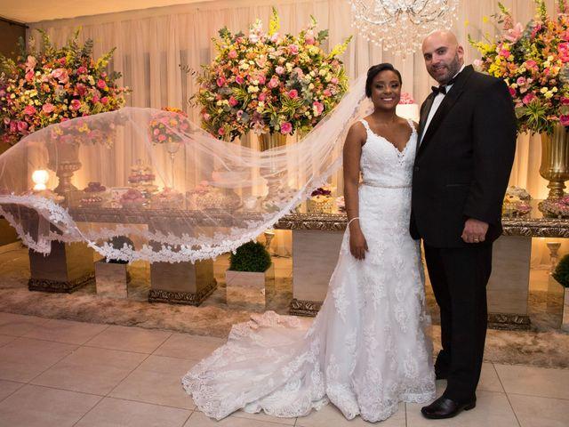 O casamento de Oswaldo e Ilana em São Gonçalo, Rio de Janeiro 39