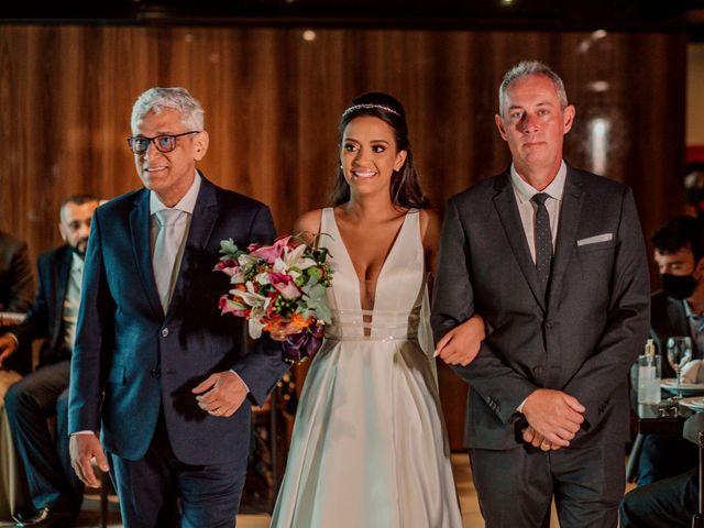 O casamento de Junior e Amandha em Curitiba, Paraná 27