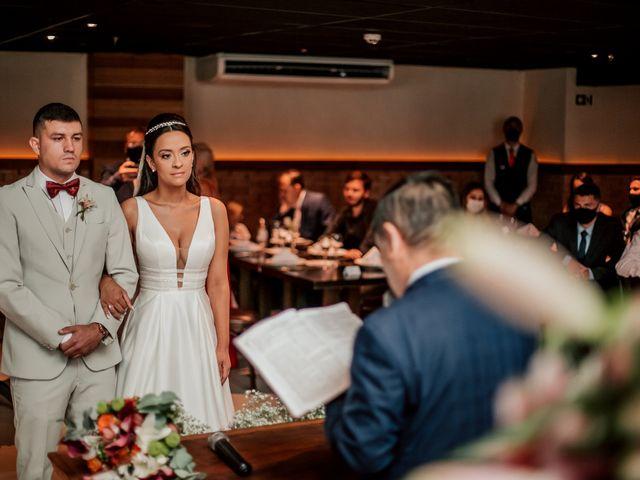 O casamento de Junior e Amandha em Curitiba, Paraná 32