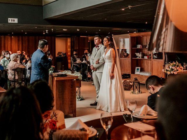 O casamento de Junior e Amandha em Curitiba, Paraná 33