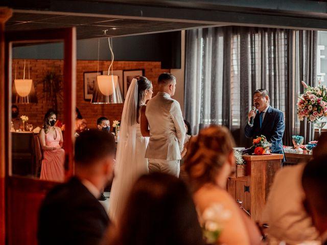 O casamento de Junior e Amandha em Curitiba, Paraná 35