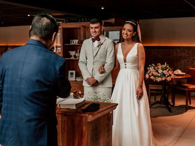 O casamento de Junior e Amandha em Curitiba, Paraná 38