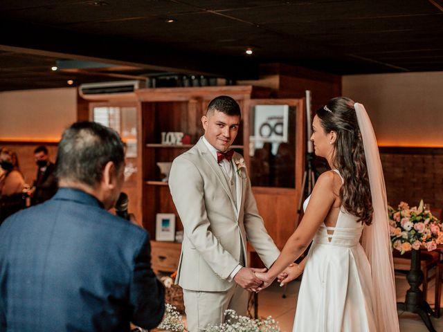 O casamento de Junior e Amandha em Curitiba, Paraná 39